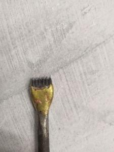 تصویر قلم دندانه ای